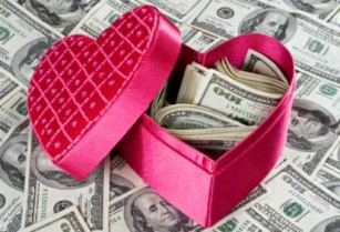 PAY OFF ALL OF THOSE VALENTINE'S DAY EXPENSES!!! GET HIRED TODAY!!!!!! (Kissimmee)